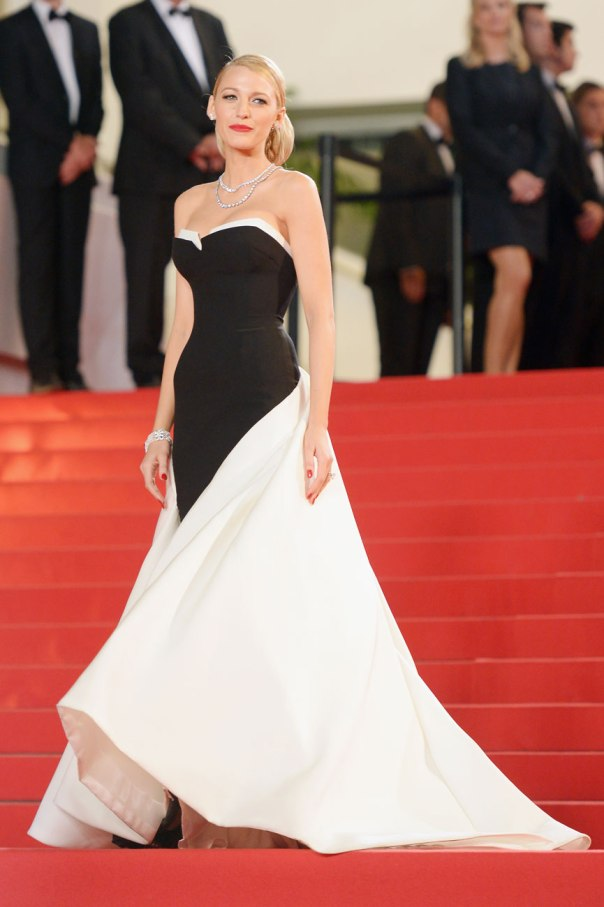 53768117affd8f73755f263f_cannes-day-3-blake-lively